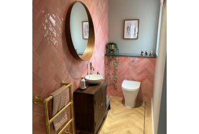 Using Tiles to add colour to your bathroom