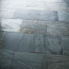 Brushed charcoal Slate 600x400mm - close up and grouted