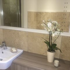 HONED & FILLED TRAVERTINE 406X610MM WALL & FLOOR TILES - LIFESTYLE