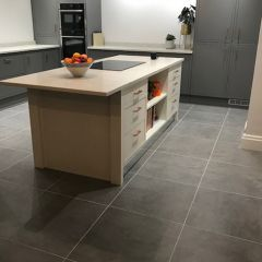 New York Dark Grey 600x5600mm in a contemporary open plan kitchen